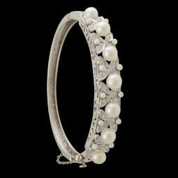 Pearl and Diamond Floral Motif Bracelet